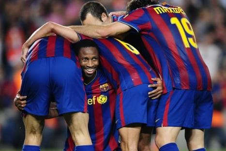 En esta imagen podemos ver a Keita cargando a muchos compañeros suyos a la hora de meter 3 y ser el hombre del partido.