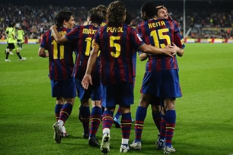 En esta imagen podemos ver al equipo del Barcelona que ya tenia el juego en su bosillo y que volvio a la senda del triunfo.